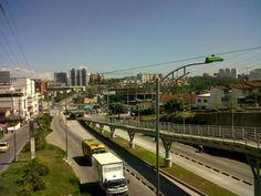 La autopista a Floridablanca, despejada a las 9 de la mañana. Foto: @SergioARangelS
