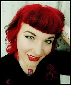 The Rockabilly Girl Next Door: great blog, awesome hair