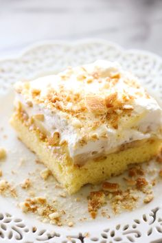 Banana Cream Pie Sheet Cake... Delicious and simple cake topped with the most incredible banana pudding and homemade whipped cream.