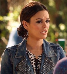 Zoe's black and white printed top and studded denim jacket on Hart of Dixie.  Outfit Details: http://wornontv.net/22284/ #HartofDixie