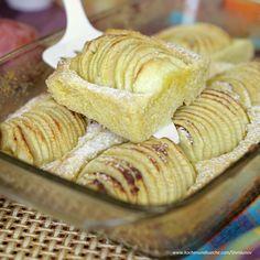 Feiner Apfelkuchen Apple Pie, Dairy, Muffins, Bread, Cheese, Breakfast, Desserts, Food Ideas, Apple Crumble Recipe