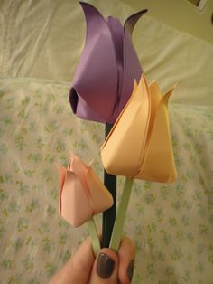 paper tulips for the wreath