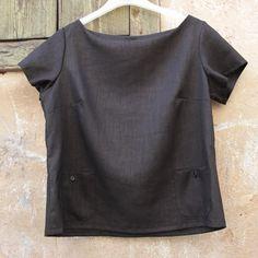 Black linen blouse summer fashion comfortable