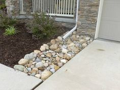 Edging, Mulch & Drainage Solutions – Des Moines Iowa landscaping – Perennial Gardens - All About Landscaping With Rocks, Outdoor Landscaping, Front Yard Landscaping, Outdoor Gardens, Landscaping Ideas, Landscape Drainage, Yard Drainage, Down Spout Drainage, Rock Drainage