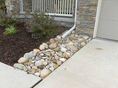 Edging, Mulch & Drainage Solutions - Des Moines Iowa landscaping - Perennial Gardens