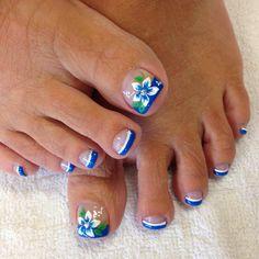 Look mom! No hands! Just feet this time 👣❤️ Fall Toe Nails, Purple Toe Nails, Pretty Toe Nails, Cute Toe Nails, Great Nails, Pretty Toes, My Nails, Toenail Art Designs, Pedicure Designs