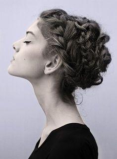 30 Iconic Retro and Vintage Hairstyles milkmaid braids vintage hairstyle Braided Hairstyles Updo, Pretty Hairstyles, Girl Hairstyles, Braided Updo, Twisted Braid, Updo Hairstyle, Wedding Hairstyles, Spiral Braid, Boho Updo