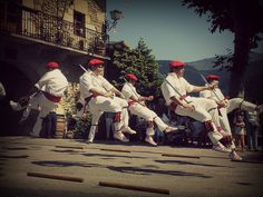 AURRESKU - Euskadi (Spain) traditional dance