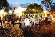 Projeto reúne atividade física exposição música e teatro ao ar livre