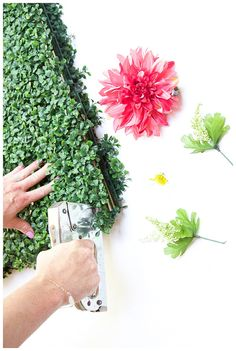 Last spring I created a live greenery and flower wall for the HOUSTON Magazine's anniversary party. This DIY flower backdrop is so fun to make and great for so many different types of parties. Party backdrops for many occasion Flower Wall Backdrop, Diy Wedding Backdrop, Wall Backdrops, Diy Backdrop, Floral Backdrop, Wedding Decorations, Bridal Shower Backdrop, Diy Photo Booth, Photo Booth Backdrop