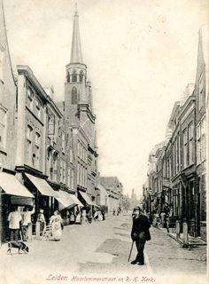 Haarlemmerstraat Leiden. Toen was zwembad de Overdekte nog een kerk