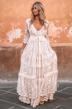 Bohemian Bride, Bohemian Wedding Dresses, Hippie Dresses, Best Wedding Dresses, Bohemian Weddings, Indian Weddings, White Hippie Dress, Boho Gown, Cowboy Wedding Dresses