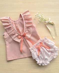 Información en Information on @tristrasropa Precioso Beautiful!!! ❤️❤️ •••Etiquétanos para ver tu publicación Made in Spain !! Gracias!! Eres una firma o tienda infantil Made in Spain? Escríbenos a modainfantilmadeinspain@gmail.com #modaespañola #modainfantil #ropaespañola #ropainfantil #hechoenespaña #madeinspain #modaespaña #kidsstyle #niñasconestilo #spain #modainfantilchic #kidsfashion #cutekidsfashion#fashionkids#baby#fashion#moda#kids#babyfashion#bebe#modabebe#niños#niñas#childre...
