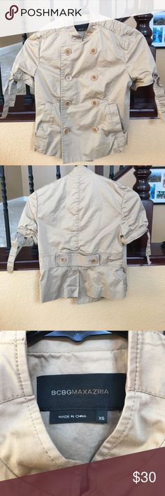 BCBGMAXAZRIA Double Breasted Military Crop Top This is sooooo cute and stylish.  In great condition.  Size XS BCBGMaxAzria Tops Crop Tops