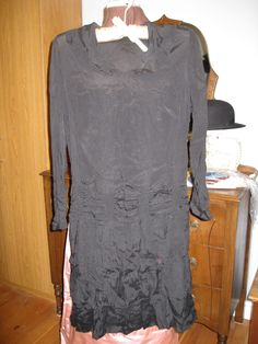 1920's dress with loads of detail which doesn't photograph so easily.  Ruching, pleats; beautiful!