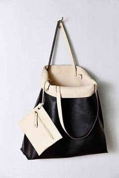 Oversized Reversible Vegan Leather Tote Bag Urban Outers Dresses Outfits