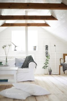 Styling & Trends voor inspiratie, styling en advies. www.stylingentrends.nl of www.facebook.com/stylingentrends