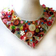 ButtonArtMuseum.com - collar