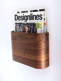 Simple and graceful wooden magazine rack. Easy to install, takes up minimal spac… - Regal Selber Bauen