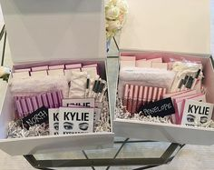 @kyliecosmetics: Kylie's custom gifts to Penelope & North. A whole set in their favorite color