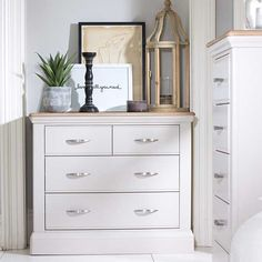 Bambury 2+2 Chest of Drawers | With a contemporary yet country cottage appeal, this charming chest of drawers from the Bambury range offers plenty of storage space with spacious drawers perfect for storing accessories, clothing and textiles.