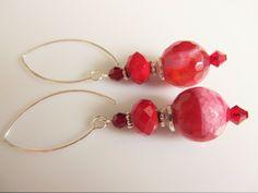 Oorbellen Red Look agaat rood met roze facet met kristalglas rondel oxblood rood en kristalglas siam swarovski kraaltje. geheel zilver