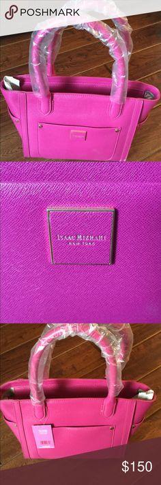 Isaac mizrahi brand new perfect pink bag Never used great bag Isaac Mizrahi Bags Shoulder Bags