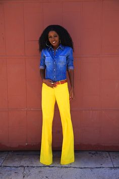 these yellow flares are awesome!  And they come in green too. So many wonderful choices!