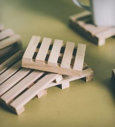 Mini-Pallet Reclaimed Coasters – Set of 5 | I absolutely love these.