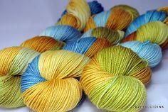 Handpainted yarn Stargazer Great Clouds Merino wool by Alcidina