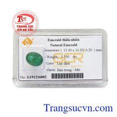 Emerald - ĐÁ QUÝ THIÊN NHIÊN - Công Ty Trang Sức Em Và Tôi -Trangsucvn.com Emerald Stone, Natural Emerald, Ems