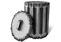 #gadgets #friki #original #papelera #novedades #fotos #geek #diseño #decoración  Los apasionados de los 8 bits seguro que disfrutarán como nunca con esta papelera de 8 bits diseñada por Codeco y que además de su diseño absolutamente retro (en plan Windows 3.11) sirve como papelera de verdad. http://www.yougamebay.com
