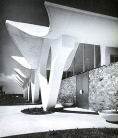 Marmon Mok Architecture — Dixie Form & Steel Office Building  1963. San Antonio, Texas. http://www.marmonmok.com/about/classics/dixie-form-steel-office-building/#1