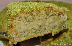 Pistachio cake with pistachio cream | Torta al pistacchio con crema di pistacchio | Vicaincucina