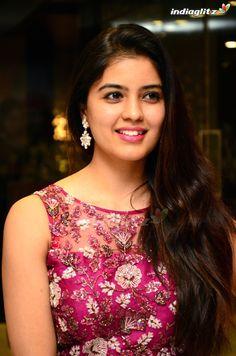 Indian Actress Images, South Indian Actress Hot, Indian Girls Images, Tamil Actress Photos, Indian Actresses, Beautiful Girl Indian, Beautiful Girl Image, Most Beautiful Indian Actress, Beauty Full Girl