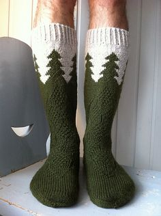 of the Forrest socks pattern by Titta Järvensivu My guardian of the Forrest sock pattern is now available in Ravelry! Crochet Socks, Knitted Slippers, Wool Socks, Knitted Hats, Knit Crochet, Crochet Cats, Crochet Birds, Crochet Food, Knitted Dolls