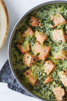 Easy Chicken Recipes, Salmon Recipes, Fish Recipes, Healthy Recipes, Clean Eating Breakfast, Salmon Dishes, Food Crush, Fabulous Foods, Food Inspiration