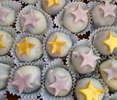 Star themed Wedding Anniversary Cake Bites