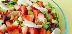 Ensalada de fresas y nueces de macadamia Caprese Salad, Fruit Salad, Cobb Salad, Mozzarella, Salsa, Tasty, Ethnic Recipes, Ideas Fáciles, Food