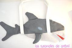 los tutoriales de artbril: DIY- Blogersando leyenda del tiburón-mochila