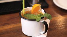 O Tiki Cartagena é um drinque que leva Rum, Limão, Tangerina, Hortelã e o resultado é maravilhoso! Experimente fazer num encontro com os amigos!