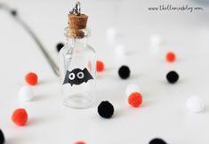 DIY HALLOWEEN BUDDY NECKLACE - The Llamas Blog Llamas, Halloween Ideas, Treats, Blog, Sweet Like Candy, Goodies, Blogging, Sweets, Halloween Prop