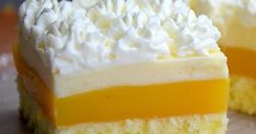 Ingredients: For the dough: eggs tbsp hot water g sugar g flour For the orange layer: l fanta or orange juice . Summer Cakes, Summer Desserts, German Bakery, Ice Cream Social, Cream Recipes, Cream Cake, No Bake Cake, Vanilla Cake, Food To Make