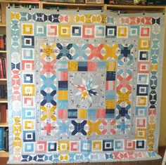 The big reveal of my Aviatrix Medallion quilt for the Aussie Aviatrix Quilt Along. Medallion Quilt, Block Of The Month, Quilt Making, Fabric Flowers, Quilt Blocks, Robin, Charms, Layers, Quilting