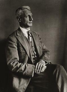 Theologe, 1929, photo: August Sander (1876-1964)