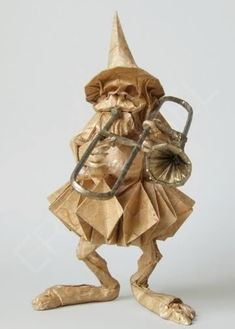 dwarf playing the trombone, origami, paper, letranthedung