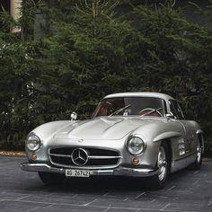 Mercedes Benz #300SL #Gullwing. Pic ©Amin Siala / #300SLRestorations #BruceAdams190SL