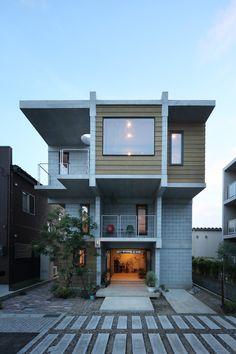 House B for a family by Hiroyuki Shinozaki/篠崎弘之