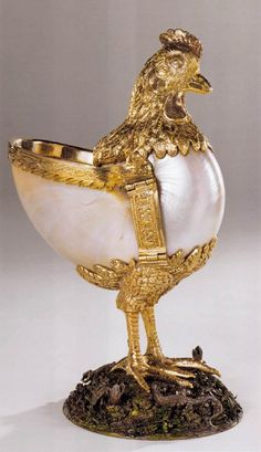 Wenzel Jamnitzer - Nautilus cup in the form of a chicken,  1550-75  Nautilus, silver, parcel gilt, painted, cast from nature, height 18 cm  Kunsthistorisches Museum - Vienna