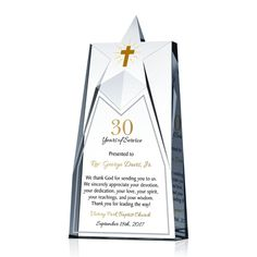 The shining star of your parish deserves a pastor anniversary celebration gift plaque unlike any other. Our intricately designed 30 Years Priest Anniversary Gift Plaque will be a perfect gift for the priest on his 30 years pastoral anniversary. Pastor Anniversary, Appreciation Message, Gifts For Pastors, Personalized Anniversary Gifts, What Is Love, Priest, 30 Years, Congratulations, Awards